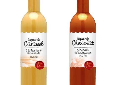 étiquettes de liqueurs au caramel et au chocolat